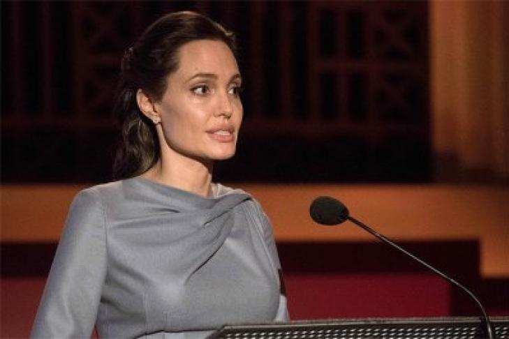 Брэд Питт предпочел Анджелине Джоли Марго Робби?