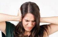 Шум в ушах: названы основные причины появления