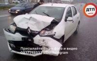 Жесткая авария под Киевом: есть пострадавшие