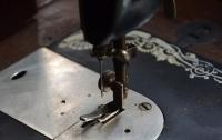 73 швеи одновременно упали в обморок на фабрике в Камбоджи