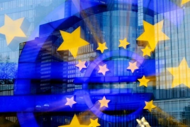 EC обещает неснимать санкции сРФ доразрешения конфликта наДонбассе