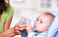Ученые: Питьевая вода может убить младенца