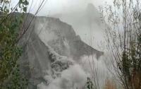 Оползень на золотом руднике унес жизни 17 человек
