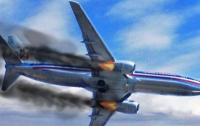 Экстренная посадка на трассе: у самолета в полете заглох двигатель (видео)