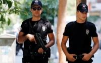 Грустный турок попытался найти утешение в полиции и угодил под арест