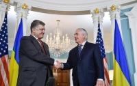 Порошенко и Тиллерсон обсудили предоставление оборонительного оружия Украине