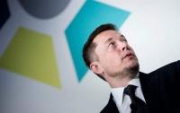 Tesla подешевела из-за обвинений против Илона Маска
