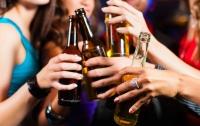 Британская молодежь уже не увлекается алкоголем