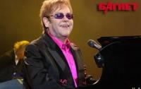 В Киеве сэр Элтон Джон и Queen дали грандиозный концерт
