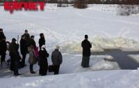 Энтузиасты попробуют разгадать тайну крещенской воды