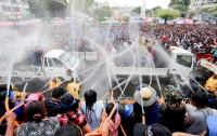 В Мьянме во время водного фестиваля погибли почти 300 человек