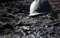 Семь горняков заблокировало в шахте в Донецкой области из-за обвала