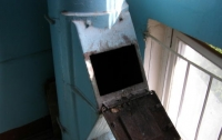 Молодая девушка в Москве пролетела 7 этажей по мусоропроводу и выжила