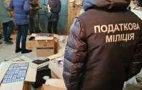 Разводили спирт водой: в Харькове разоблачили цех по производству алкоголя