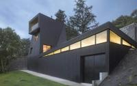 Дом с уникальным фасадом построен во Франции