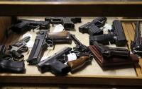 Киевские правоохранители разоблачили группировку торговцев оружием