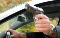 На Закарпатье из окна элитного авто подстрелили человека