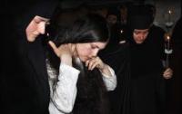 Почти 7000 украинских девушек и парней «томятся» в монастырях