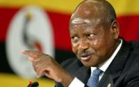 Президент Уганды пообещал поймать и съесть главного оппозиционера