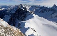 Две лавины сошли в Альпах: погиб лыжник