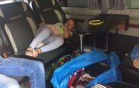 Мужчина хотел вывезти за границу спрятанного в авто ребенка (видео)