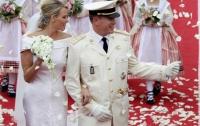 Принц Монако обвенчался с олимпийской чемпионкой (ФОТО)