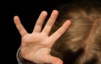 Врачи оказались бессильны: в Кривом Роге родители избили дочь до смерти