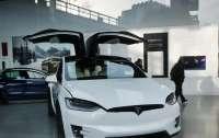 Tesla будет продавать авто за биткойны