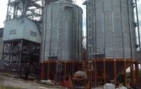Смерть от кукурузы: Мужчина упал в бункер с зерном