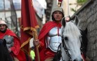 В Риме запретили пить и наряжаться центурионом