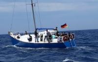 Около берегов Греции задержали украинцев, перевозивших нелегалов