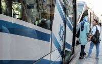 Израиль временно перестал давать визы сотрудникам благотворительных организаций