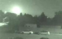 На заході Канади вдалося зняти на відео падіння метеорита