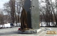 В Бабьем Яру открывают памятник Елене Телиге