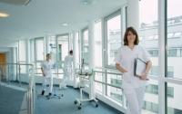 Приватные клиники готовы бесплатно обслуживать пациентов, рассказали условия