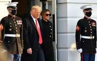 Трамп покинул Белый дом (видео)