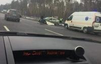 Жуткая авария под Киевом: авто разорвало об отбойник