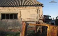 В Запорожской области фермер держал в ангаре на цепи семью рабов