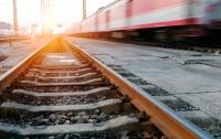 Поезд сбил 80-летнего харьковчанина