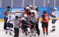 Хоккеистки Канады и США подрались в конце матча на Олимпиаде