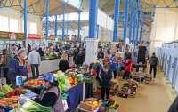 В Хмельницком открылись рынки, кофейни и киоски с прессой