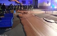 В Германии тонна шоколада вылилась на улицу
