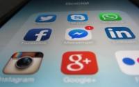 Facebook намерен переименовать Instagram и WhatsApp