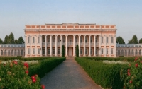 Туристы смогут на Винничине отдохнуть во дворце