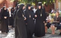 В Киеве на территории Лавры странным образом исчезли две монахини