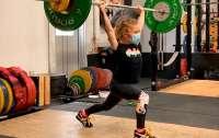 Самая сильная в мире 7-летняя девочка подняла штангу весом 80 килограммов