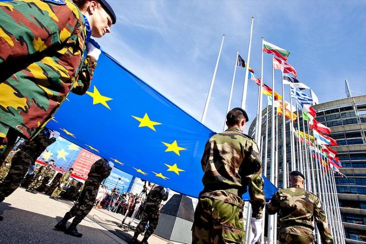 ЕС облегчит перемещение войск иоружия