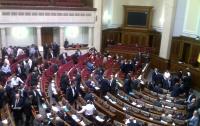 Депутаты поделили регионы и занялись районами