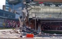 В Мексике рухнул торговый центр (видео)