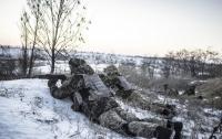 Бойцы ВСУ попали под обстрелы на Донбассе